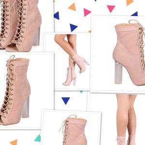 ❗️👠 Wild Divas Women's Shoes 👠 ❗️Size 7️⃣  FINAL